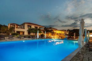 Σκόπελος - Που να μείνω  skopeloshotels.eu
